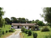 Exclusive villa in green area