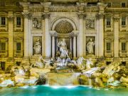 Coronavirus: Rome seals off Trevi Fountain