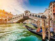 Effects of the Coronavirus pandemic on Italy's tourism industry