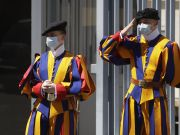 Vatican: Swiss Guards wear masks for first time