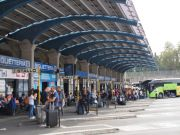 Italy: Covid-19 tests for travellers arriving in Rome by bus from high-risk countries