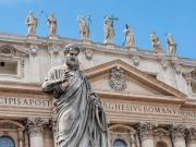 Vatican offers free covid-19 tests to homeless