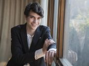 Pianist Tom Borrow performs with Rome's S. Cecilia in streamed concert