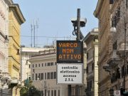 The war of the historic center's ZTL permits: Residents against Mayor Raggi