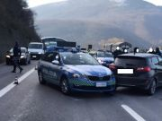 Italy: Police ram car after 40-km high speed journey against traffic on A1 motorway
