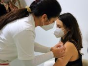 Italy opens covid vaccinations to all over-16s from 3 June