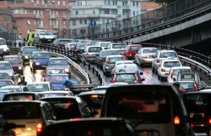 Rome battles smog with traffic-free Sunday