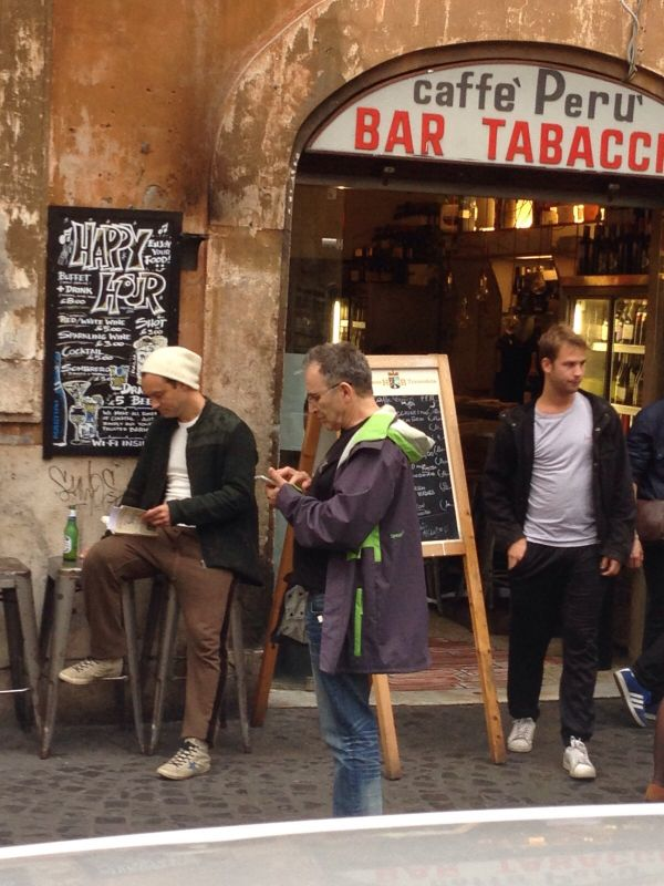Beautiful Day In Neighborhood >> Jude Law at Bar Perù, Rome - Wanted in Rome