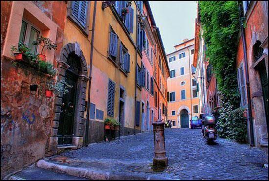 Monti neighbourhood - Wanted in Rome