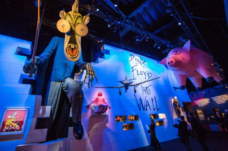 Rome 39 s pink floyd exhibition open late on 2 february for Pink floyd exhibition