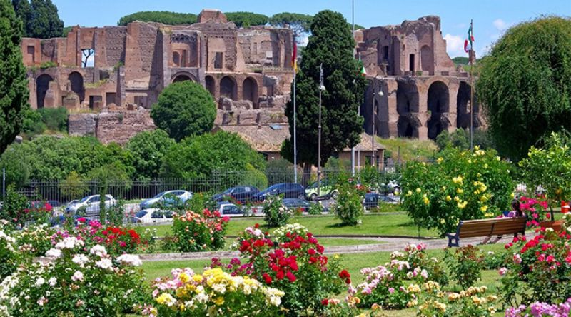 Roses In Garden: Rome's Rose Garden: 2019 Dates