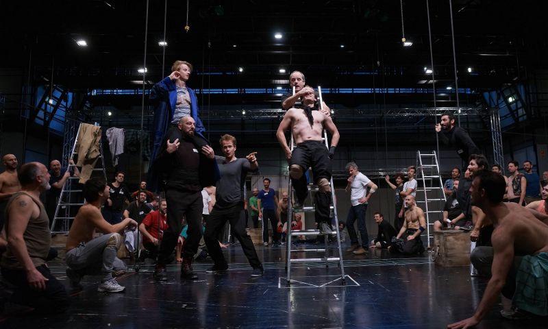 Resultado de imagen de Teatro dell'Opera Billy Budd, opera di Benjamin Britten