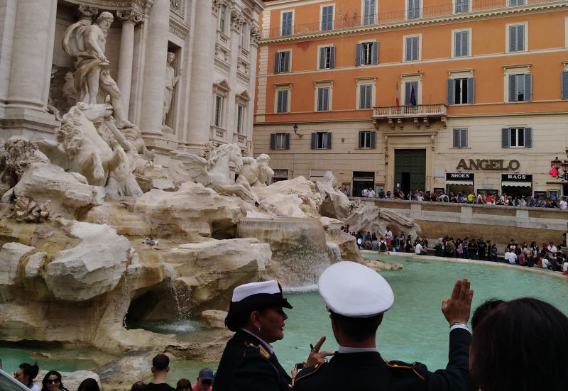 Rome Subway Map To Trevi Fountain Spanish Steps.Us Tourist Fined For Jumping Into Rome S Trevi Fountain
