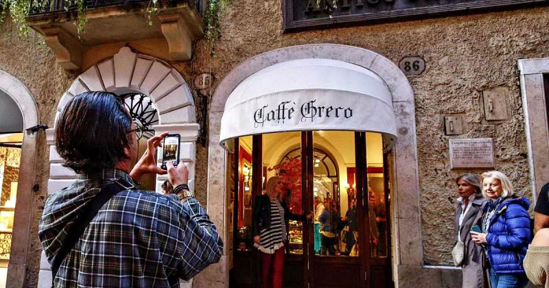 Eviction Day Arrives For Rome S Caffè Greco Wanted In Rome