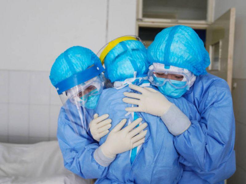 Pope praises nurses' role in fighting coronavirus