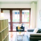 Charming and urban furnished studio apartment with terrace in door-man building