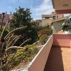 Elegant remodeled 2 bedroom villetta in Acilia