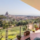 250m2 flat + Terrace with stunning view of St. Peter's Basilica!