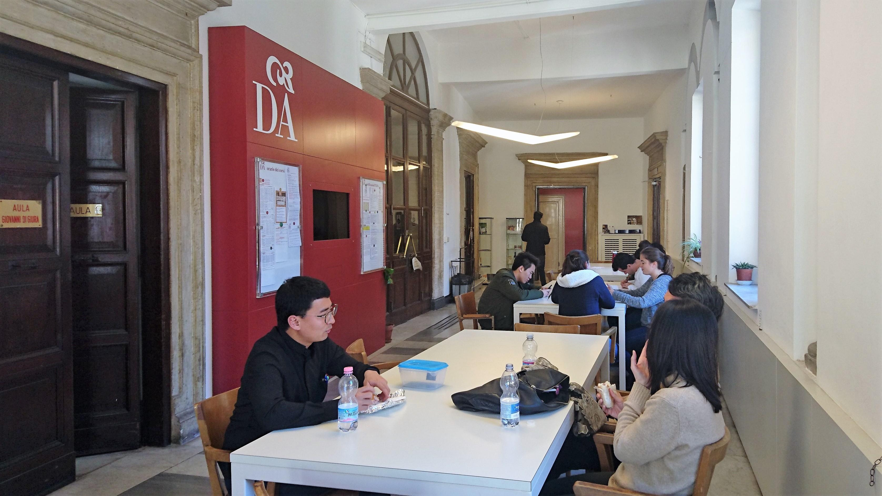 School Studioitalia Rome Italy